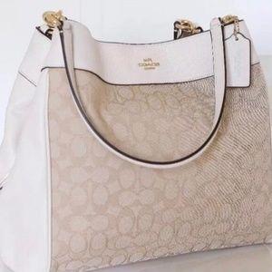 Coach Lexi Shoulder Bag *Authentic NEW